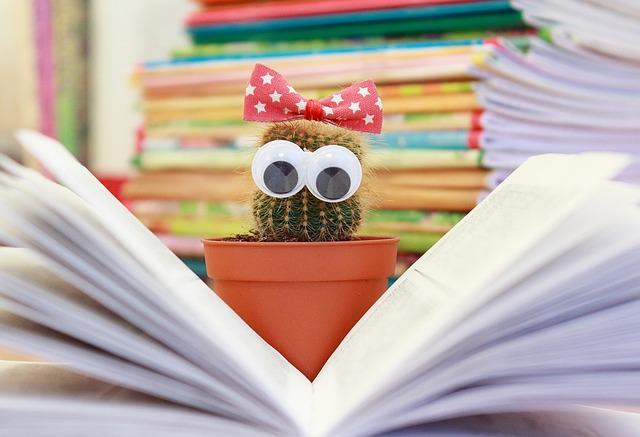 reading-cactus